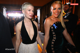 Michelle Williams y Busy Phillips