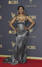 Premios Emmy 2017 - ¡Glamour en la Alfombra Roja!