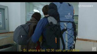 LA HUIDA. PROGRAMA 6. Ana y David compran billetes de tren con agobio y paranoia