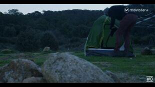 LA HUIDA. PROGRAMA 6.  Dani carpintero duermen en tienda de campaña