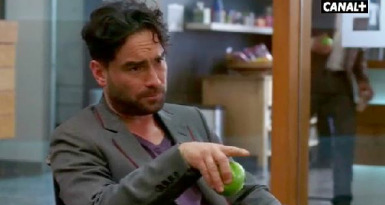 Cameo - Johnny Galecki