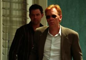 CSI: Miami (T2) - Ep.17 Dinero a cambio de nada