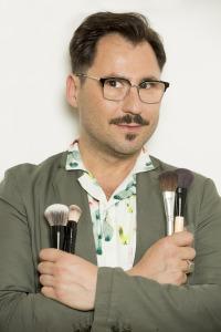 Aprende a maquillarte con David Francés. T1.  Episodio 15: Look satinado, base natural