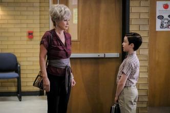 El joven Sheldon - Una rival prodigiosa y Sir Isaac Neutrón