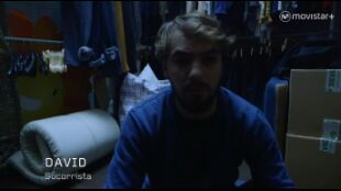 LA HUIDA. PROGRAMA 5. Ana y David duermen en una tienda de ropa