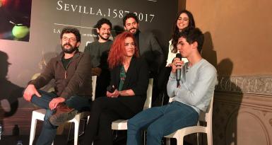 Alberto Rodríguez y los actores de 'La Peste'