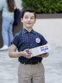 El joven Sheldon. T2.  Episodio 19: Una campaña política y un tramposo de Dulcilandia