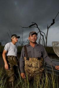 Cazadores del pantano. T12.  Episodio 191: Ataque de caimanes