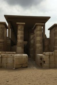 El misterio de las pirámides. T1.  Episodio 3: Meidum y el misterio de la pirámide falsa