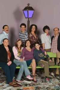 Aída. T4.  Episodio 11: We are a happy family