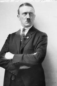 Historia del Nazismo. T1.  Episodio 4: El estado racial