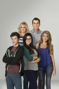 Modern Family. T6. Modern Family