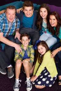 Los Thundermans. T2.  Episodio 2: Animadoras y regalos peligrosos