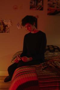 Adèle. T1.  Episodio 1: Roxane