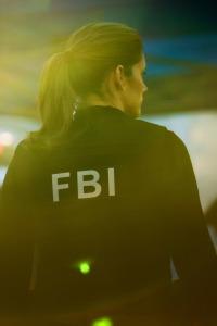 FBI. T3.  Episodio 8: Entre medias
