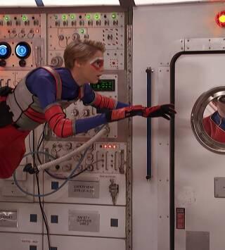 Episodio 13: Invasores del espacio (II)