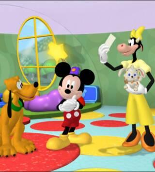 Episodio 18: Pluto hace de canguro