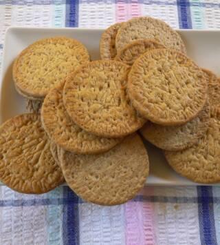 Episodio 5: Caramelos de piñones, caldo de pescado vegetal y galletas María