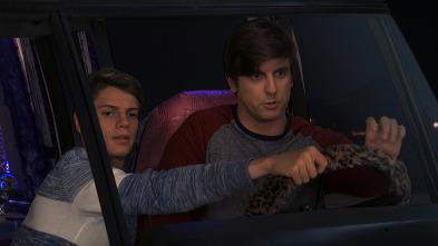 Henry Danger - Excursión en coche