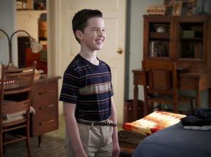 El joven Sheldon - Una piña y el seno de la amistad entre hombres
