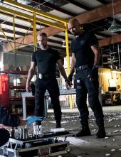 S.W.A.T. Los hombres de Harrelson - Buen policía