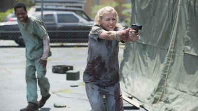 The Walking Dead - La ciudad de las mesas de autopsias
