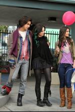 Victorious - Tori reconcilia a Beck y Jade
