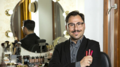 Aprende a maquillarte con David Francés - Make up con gafas