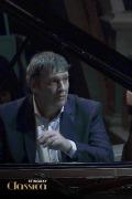 Rachmaninoff: Rhapsody on a theme by Paganini & Gershwin: Rhapsody in Blue