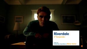 Riverdale - Sientes que alguien te observa...